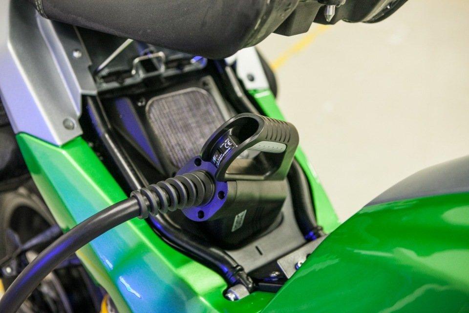 charging-eva-credit-damiano-fiorentini-2.jpg